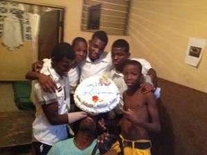 Group cake